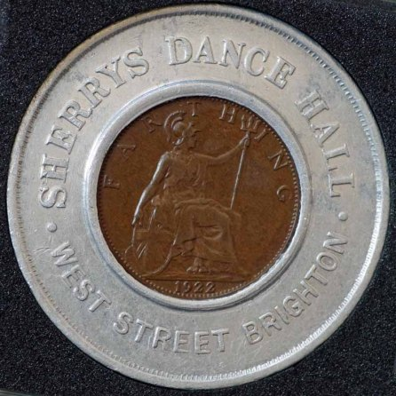 1922 George V Encased Farthing Sherrys Dance Hall Rev