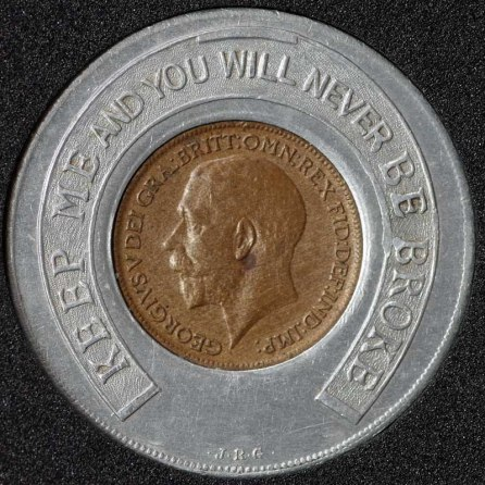 1914 George V Encased Farthing Ambassador Super Cinema Obv